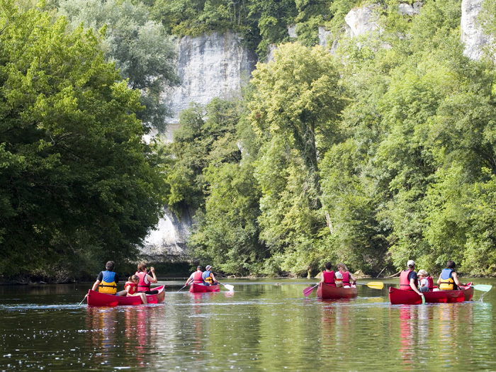 Canoe the Rivers of the Dordogne